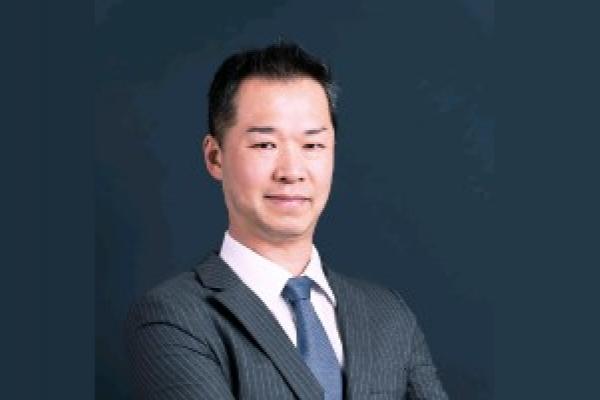 Adelino Nakano assume o posto de líder sênior de projetos na L'Oréal
