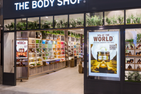 The Body Shop amplia estações de recarga de produtos em todo o mundo