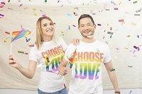 Unilever apresenta casal transgênero em campanha no Reino Unido