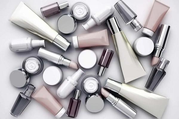 Vendas do setor cosmético permanecem estáveis no 1º trimestre, aponta Abihpec