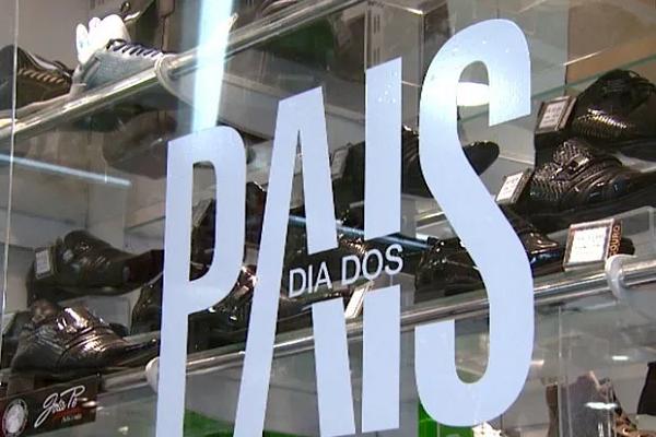 Dia dos Pais deve movimentar R$ 22,35 bi no varejo, diz pesquisa