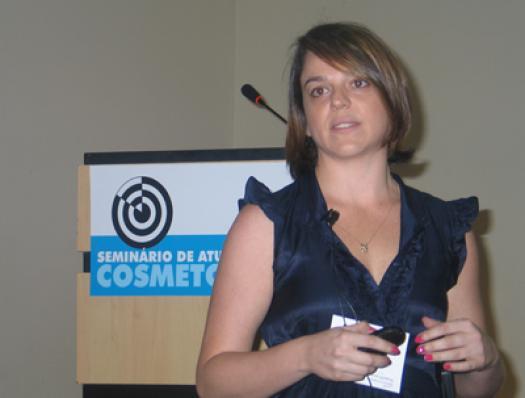 Juliana Frutuoso (Beraca)