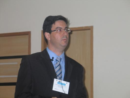 Ricardo Azzine (HallStar)