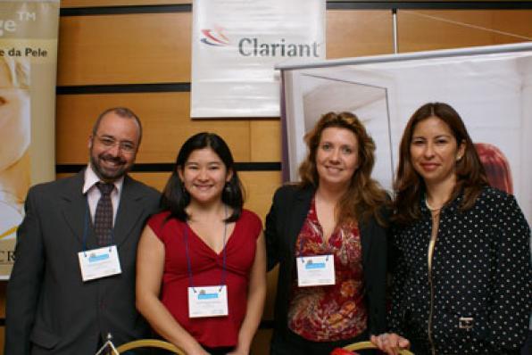 Ana Maria Sandoval com a equipe da Clariant
