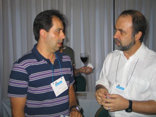 O empresário Klaus Paes conversa com Wallace Magalhães, da Pro G9